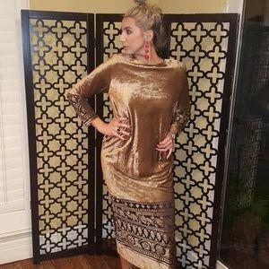 b7423976c77 Vintage Dresses - VTG NEIMAN MARCUS VELVET MAXI DRESS